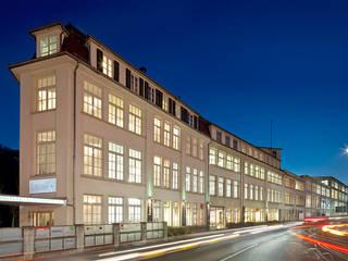 PFERSICH Büroeinrichtungen GmbH Eclectic style office buildings