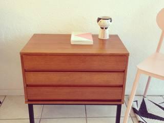 Mobilier vintage par little miss design Scandinave