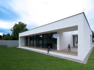 Casas de estilo moderno de PASCHINGER ARCHITEKTEN ZT KG Moderno