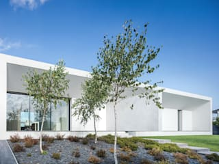 Casa Touguinhó II: Jardins  por Raulino Silva Arquitecto Unip. Lda,Minimalista