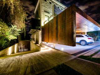 Garage/shed by BLOS Arquitectos,