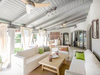 Salas / recibidores de estilo  por BLOS Arquitectos, Moderno