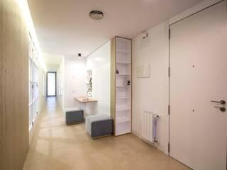 DonateCaballero Arquitectos Minimalist study/office White