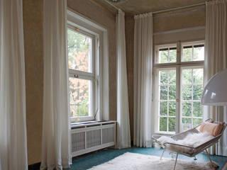 Conservatory by Lena Klanten Architektin, Country