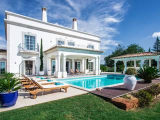 modern Pool by Interdesign Interiores