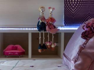 Projetos executados e em andamento por Nilda Merici Interior Design Moderno