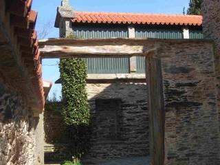CASA DAS AGRAS CORUÑESAS Casas de estilo rural de MIGUEL VARELA DE UGARTE, ARQUITECTO Rural
