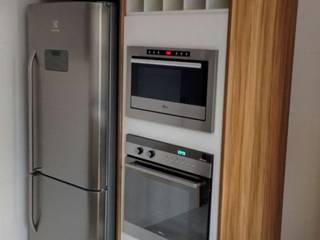 Residencia na vila Guilherme Cozinhas modernas por Total Planejados Moderno