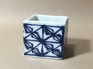 磁器染付酒杯 sakecup: 百々堂 磁器製造所 DoDoDo Porcelain Manufactureが手掛けたです。
