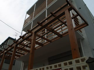 Дома в . Автор – 株式会社 atelier waon, Модерн