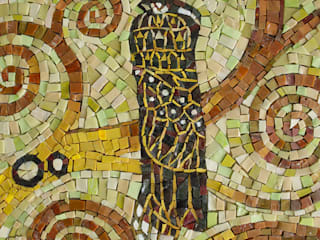 Часть фрагмента работы Г.Климта «Дерево жизни»:  в . Автор – Мастерская художественной мозаики 'SMALTO'