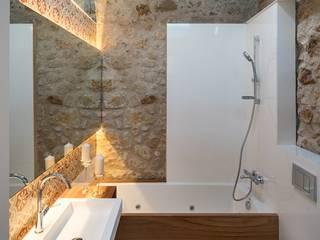 Rustykalna łazienka od TONO BAGNO | Pasión por tu baño Rustykalny