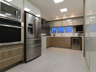 Apartamento Zona Sul SP Cozinhas modernas por Rocha Sol Moderno