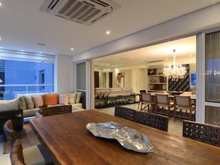 Apartamento Zona Sul SP Varandas, alpendres e terraços rústicos por Rocha Sol Rústico