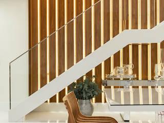 Comedores de estilo moderno de daniela andrade arquitetura Moderno