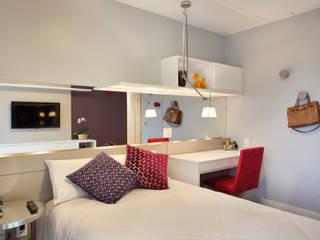 Dormitorios de estilo  por Isabela Lavenère Arquitetura