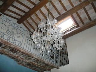Palazzo Scarsini Balcone, Veranda & Terrazza in stile mediterraneo di Ing. Vitale Grisostomi Travaglini Mediterraneo