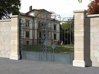 Rimini Baustoffe GmbH Mediterranean style garden Concrete
