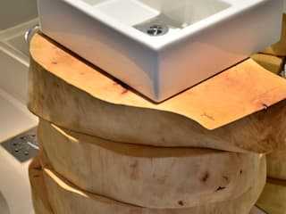 Ванные комнаты в . Автор – karen feldman arquitetos associados, Модерн