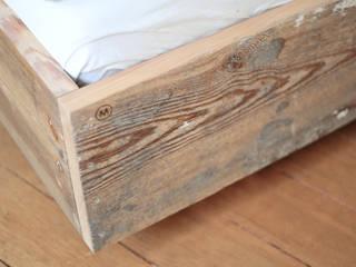 Das Dielenbett mit Stil:   von Die MÖBELHAUEREI