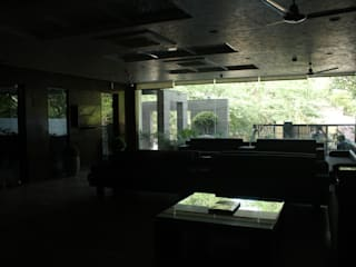 Institute of Urology:  Study/office by Design Square