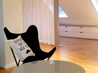 Apartment S03 Holzer & Friedrich GbR Moderne Wohnzimmer