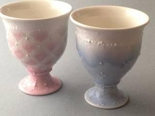 Cups and Mugs: 佐藤美季が手掛けた現代のです。,モダン