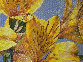 «Жёлтые лилии»:  в . Автор – Мастерская художественной мозаики 'SMALTO'