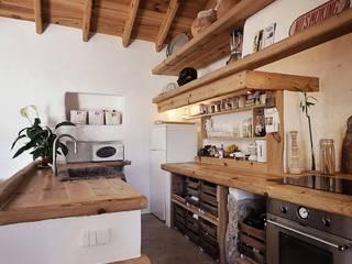 Cocinas de estilo  por pedro quintela studio