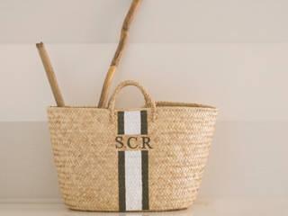 Monogramed Baskets por Companhia das Cestas Rústico