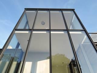 Tour vitrée ARTERRA Maisons minimalistes Verre Transparent