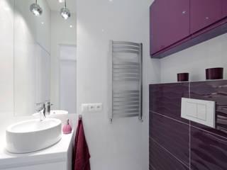 Apartament na Mokotowie Nowoczesna łazienka od ZAWICKA-ID Projektowanie wnętrz Nowoczesny