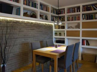 Mieszkanie na Bemowie po remoncie Nowoczesna jadalnia od ZAWICKA-ID Projektowanie wnętrz Nowoczesny