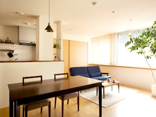 こだわりの書斎スペースのあるリビング【Sさま邸】: 株式会社スタイル工房が手掛けたです。