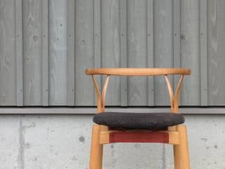 ダイニングチェア: 鳥ヶ丘製作所が手掛けた現代のです。,モダン