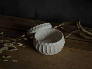 """蓋物""""scatola gotica"""": monoton ceramic laboが手掛けたです。"""