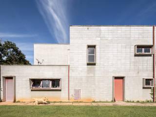 Joana França Industrialne domy Beton