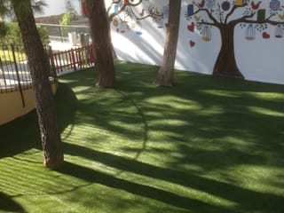 TRABAJOS VARIOS: Jardines de estilo  de Pinturas Molina