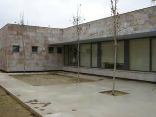 Modern houses by ACRO ARQUITECTOS E INGENIEROS S.L.P. - EASYCTE Modern