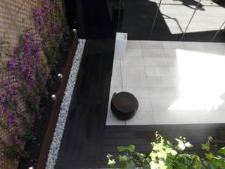 Fotos Patios: Terrazas de estilo  de Bondian Living, Moderno