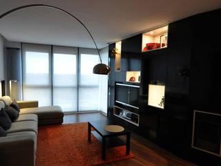 CASA RM: Casas de estilo  de MuRo ARQUITECTOS