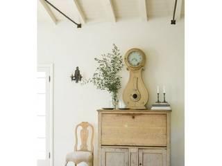 Muebles pintados con la gama de colores Mary Paint de Distribuciones Mary Paint, S.L: Rústico