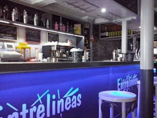 Reforma Bar- Restaurante Bares y clubs de estilo moderno de Casabó interiorismo Moderno