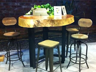 Muebles sobre diseño de MADRASTRA Rústico