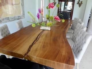 Muebles sobre diseño:  de estilo  por MADRASTRA