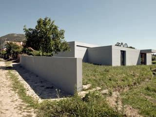Casa de Cerveira: Casas  por Dinis Sottomayor Photography