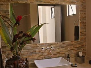 Baños de estilo moderno de MORAND ARQUITECTURA Moderno