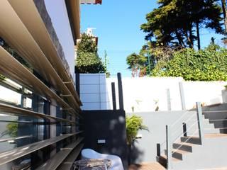 Mediterranean style garden by ARQAMA - Arquitetura e Design Lda Mediterranean