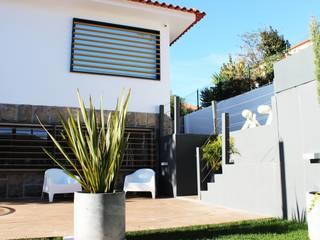Mediterranean style houses by ARQAMA - Arquitetura e Design Lda Mediterranean