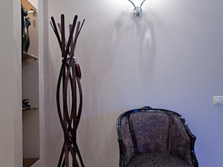 Skandinavischer Flur, Diele & Treppenhaus von Designer Olga Aysina Skandinavisch